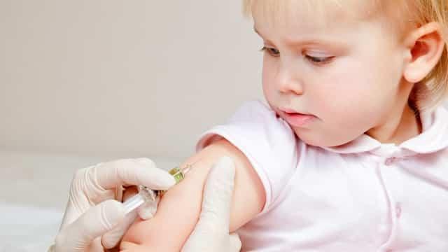 vaccinul nu cauzeaza autism