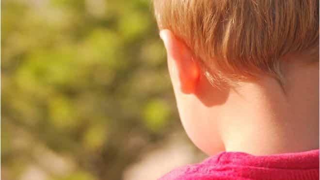 Un copil de 4 ani a ajuns la urgențe din cauza unui tratament naturopat