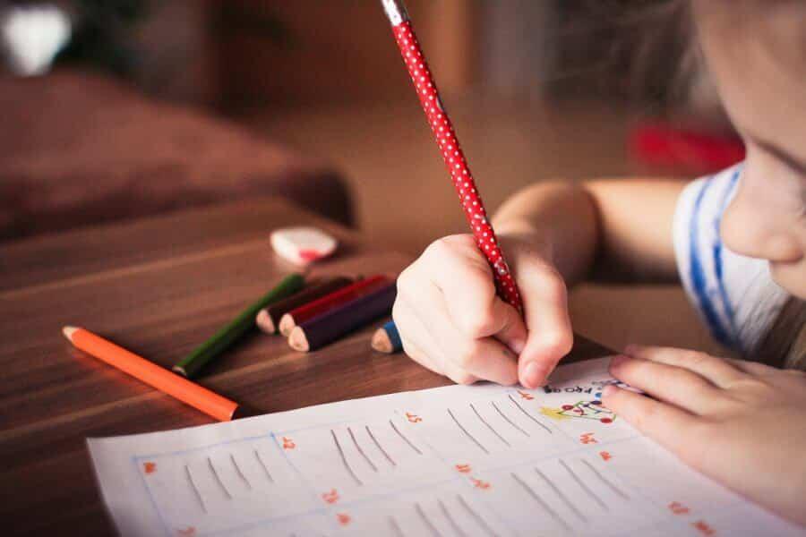 Cum să transformi temele într-un moment plăcut